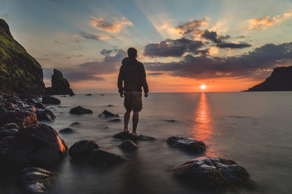 Hal Yang Perlu Diperhatikan Saat Berwisata ke Pantai 1